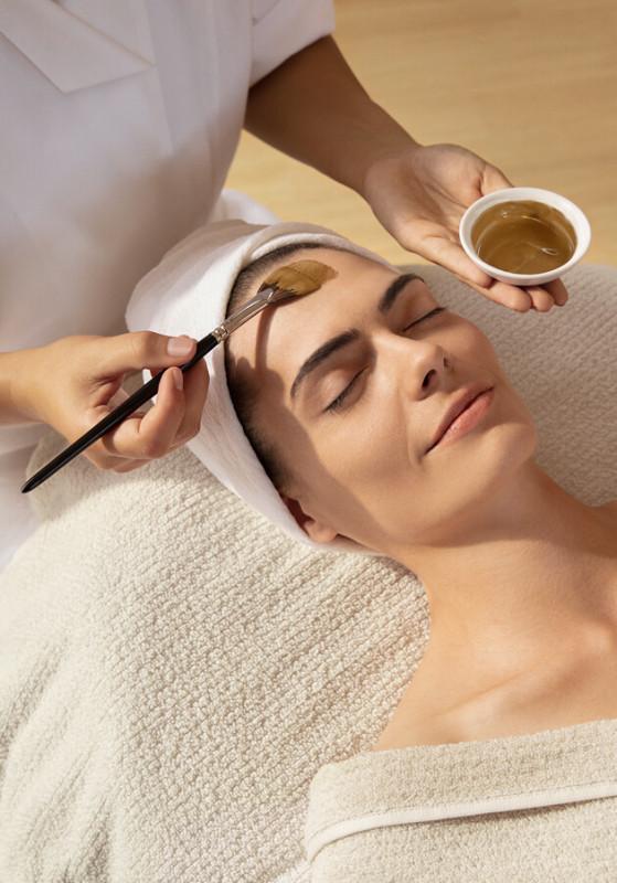 Reinigung bei unreiner Haut von Dr.Hauschka