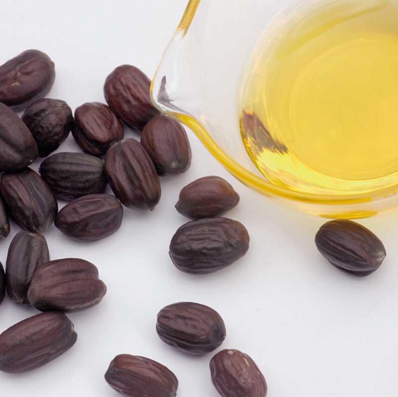 Jojoba und Mandelöl für Naturkosmetik